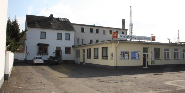 Gebäude 1